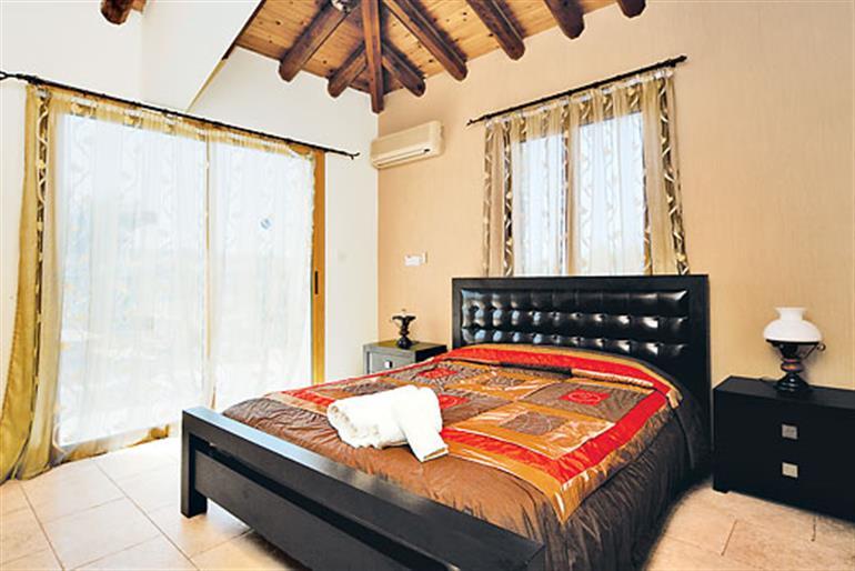 Bedroom in Anna, Argaka