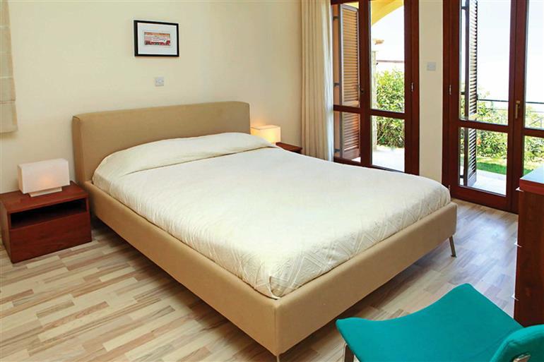 Bedroom in Apartment Theseus Village CD03, Aphrodite Hills