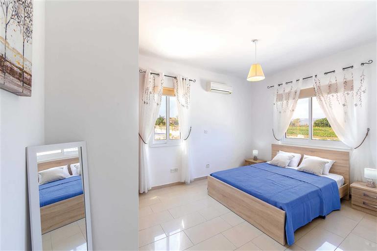 Bedroom in Lemon Tree Villa, Latchi