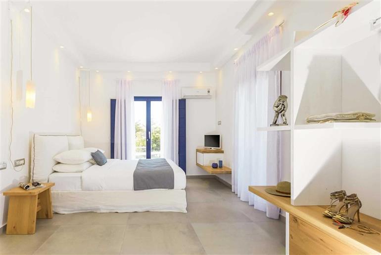 Bedroom in Villa Gialos Country Oasis, Firostefani, Santorini
