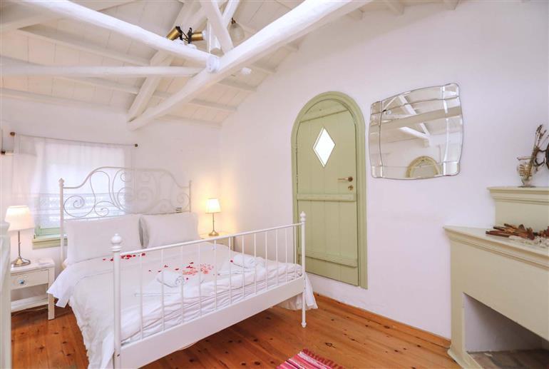 Bedroom in Villa Olivia, Skopelos Town