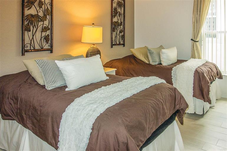 Bedroom in Villa Shadow Creek, Highlands Reserve