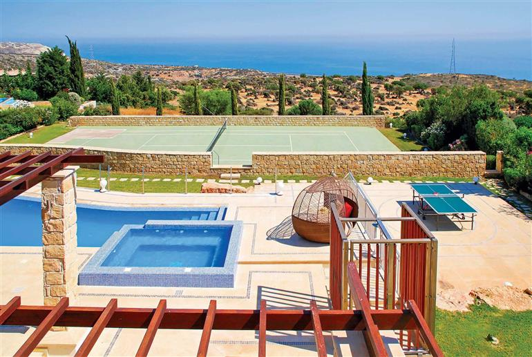 Garden, swimming pool and setting at Villa Aphrodite Hills Elite 264, Aphrodite Hills
