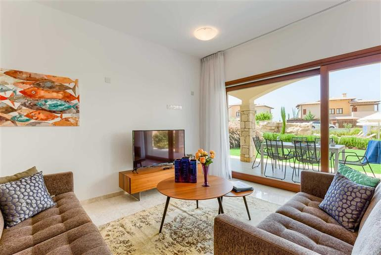 Living room in Apartment Alexander Heights Premium AL02, Aphrodite Hills