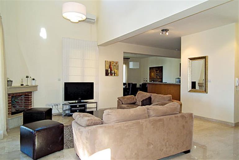 Living room in Aphrodite Hills Superior 86, Aphrodite Hills