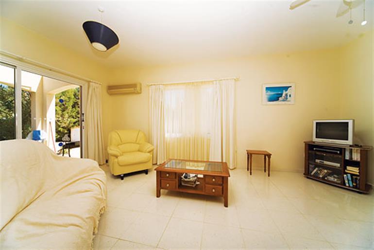Living room in Sun Splash, Coral Bay
