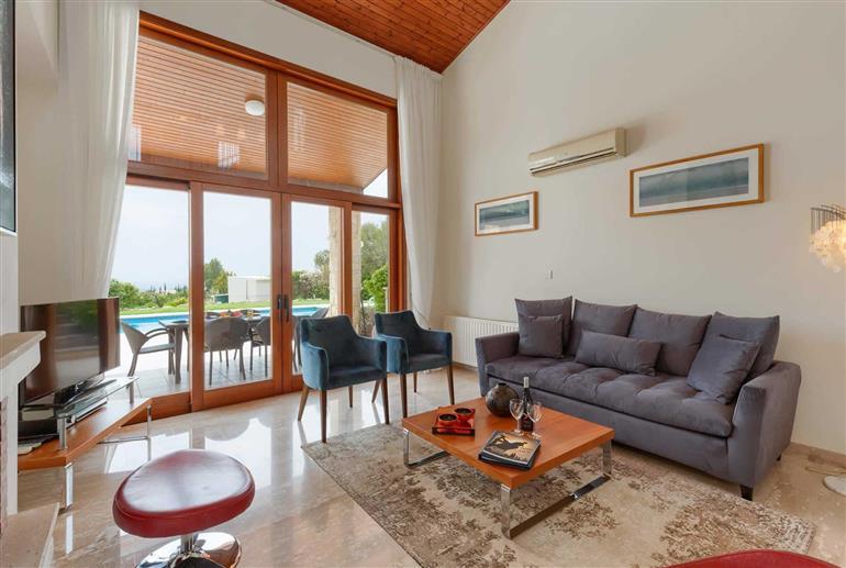 Living room in Villa Aphrodite Hills Superior 93, Aphrodite Hills