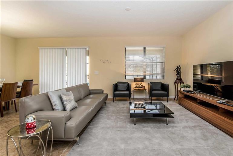 Living room in Villa Papaya, Champions Gate