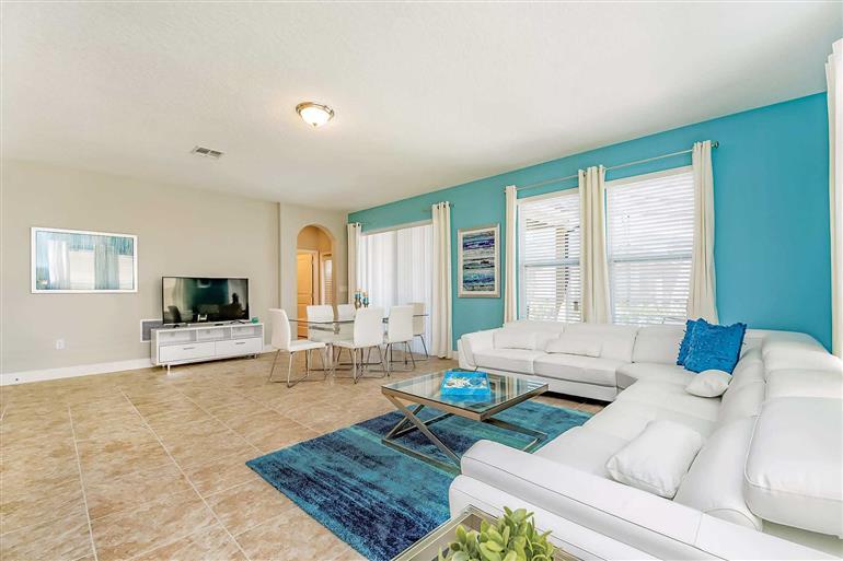 Living room in Villa Reagan, Solterra Resort, Orlando - Florida