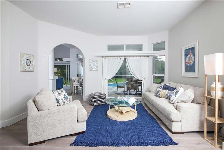 Living room in Villa Starfish, Englewood
