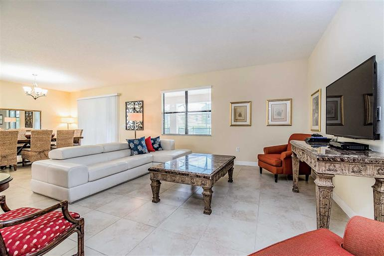 Living room in Villa Wedge Drive, Champions Gate