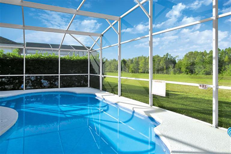 Swimming pool at Somerset Hills Executive, Highlands Reserve Orlando - Florida