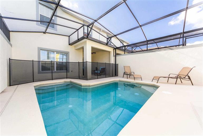 Swimming pool at Villa Clock Tower Drive, Storey Lakes