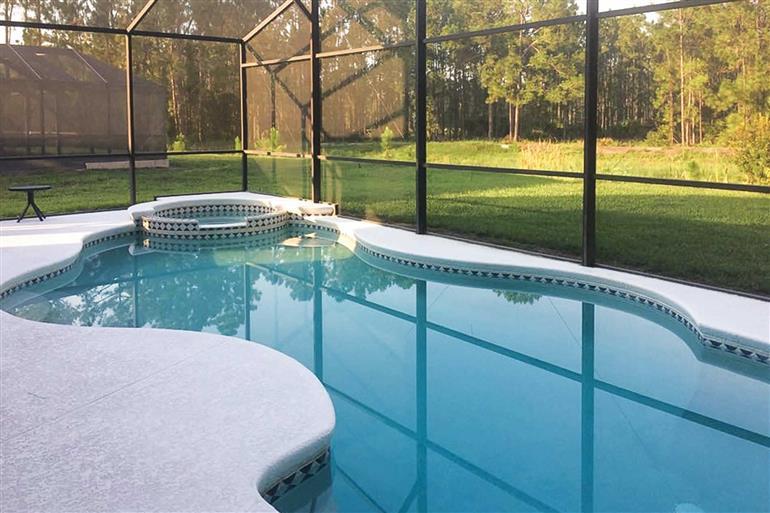 Swimming pool at Villa Daisy Court, Disney Area and Kissimmee, Orlando - Florida