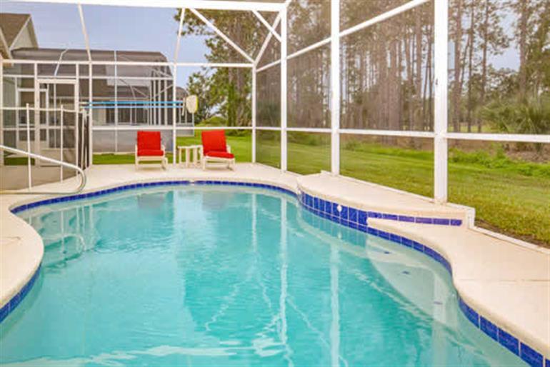 Swimming pool at Villa Daisy, Highlands Reserve