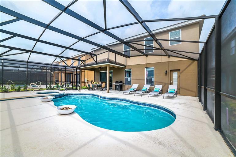 Swimming pool at Villa Frappuccino, Solterra Resort, Orlando - Florida