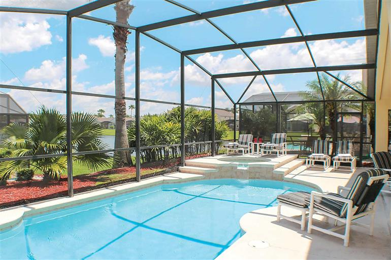 Swimming pool at Villa Pelican, Disney Area and Kissimmee
