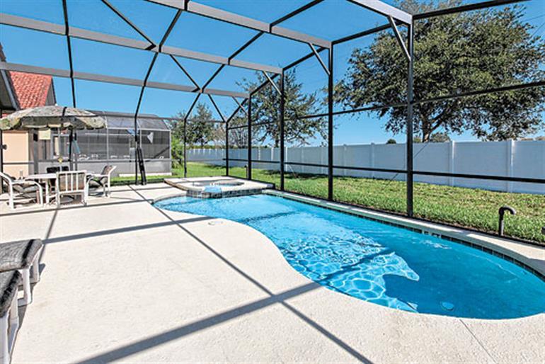 Swimming pool at Villa Solana Retreat Executive, Solana Disney Area and Kissimmee