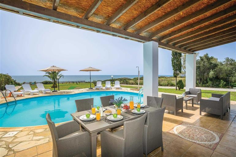 Swimming pool at Villa Thalassa, Coral Bay
